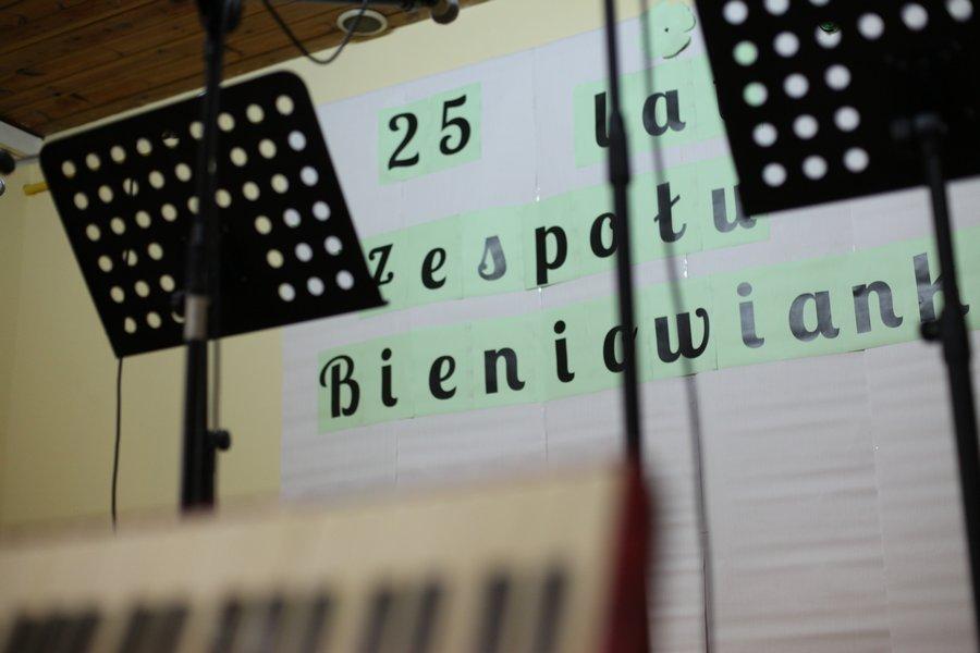 """Ilustracja do informacji: 25-lecie Zespołu """"Bieniowianki"""""""