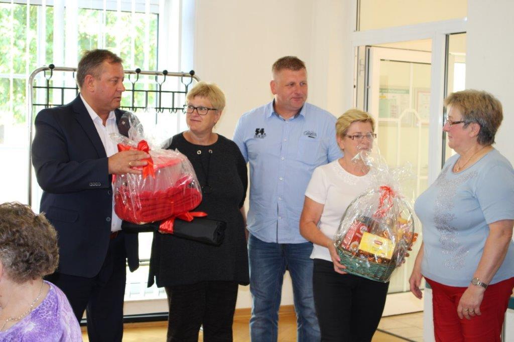 Ilustracja do informacji: Obchody dnia seniora w Niemczech