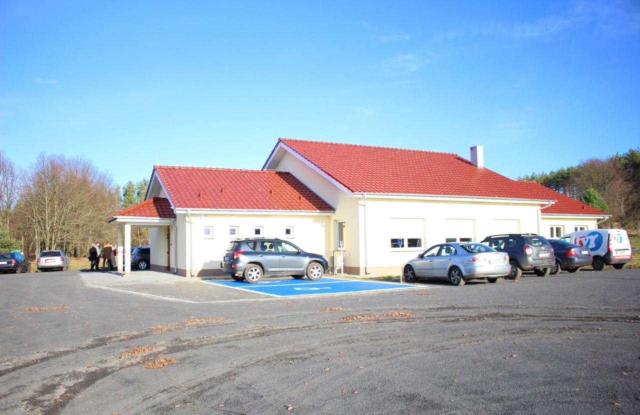 Ilustracja do informacji: Uroczyste otwarcie świetlicy wiejskiej w Drozdowie