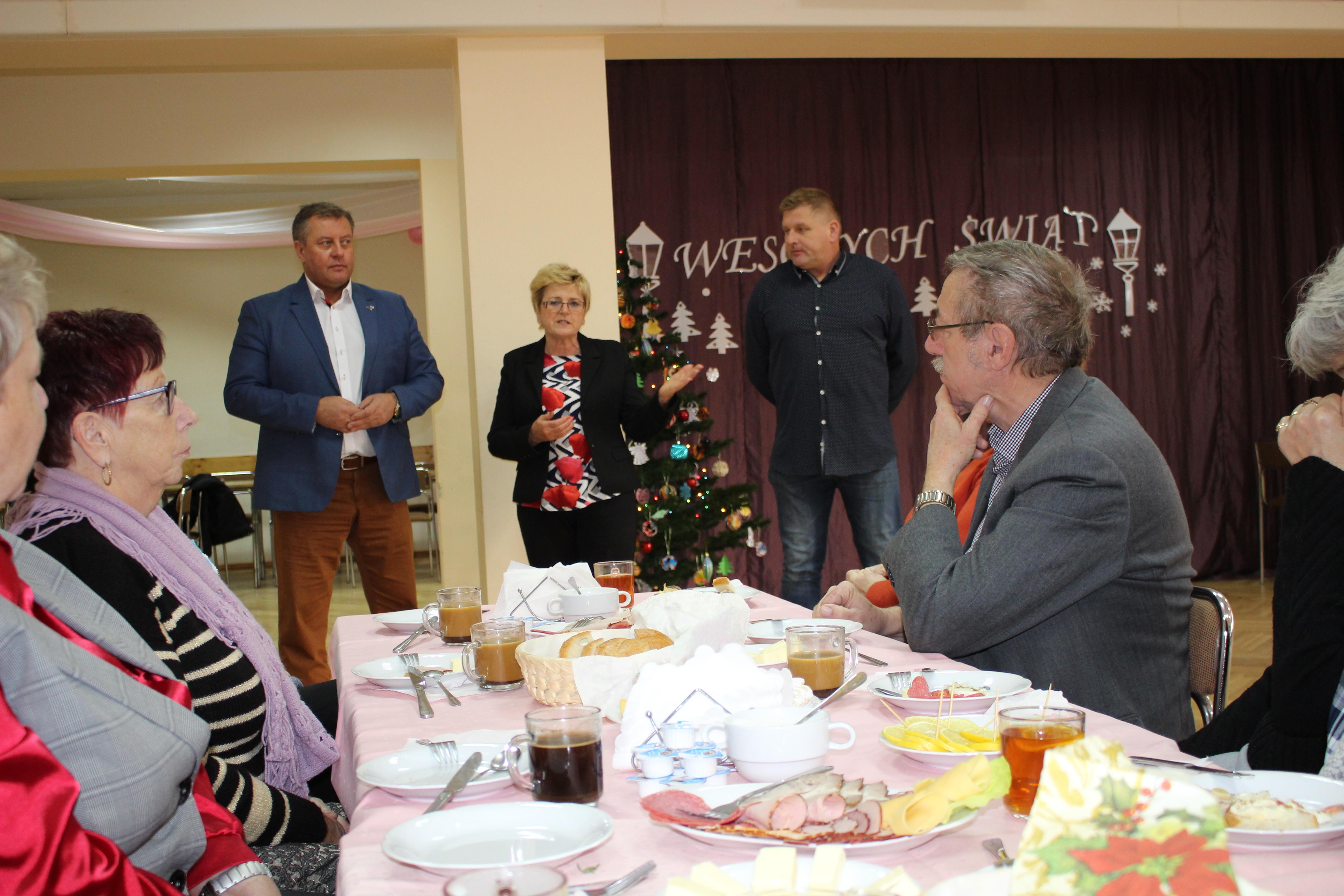 Ilustracja do informacji: Polsko-Niemieckie wigilijne spotkanie Seniorów