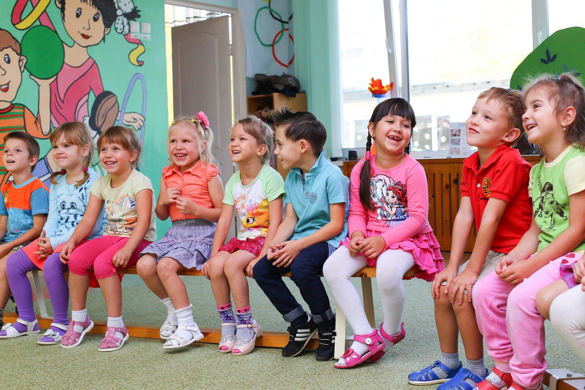 Ilustracja do informacji: Uwaga! Rozpoczyna się rekrutacja do przedszkola, oddziałów przedszkolnych i punktów przedszkolnych