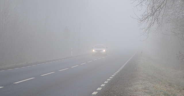 Ilustracja do informacji: Uwaga! Mgły i marznąca mżawka w Nowy Rok!