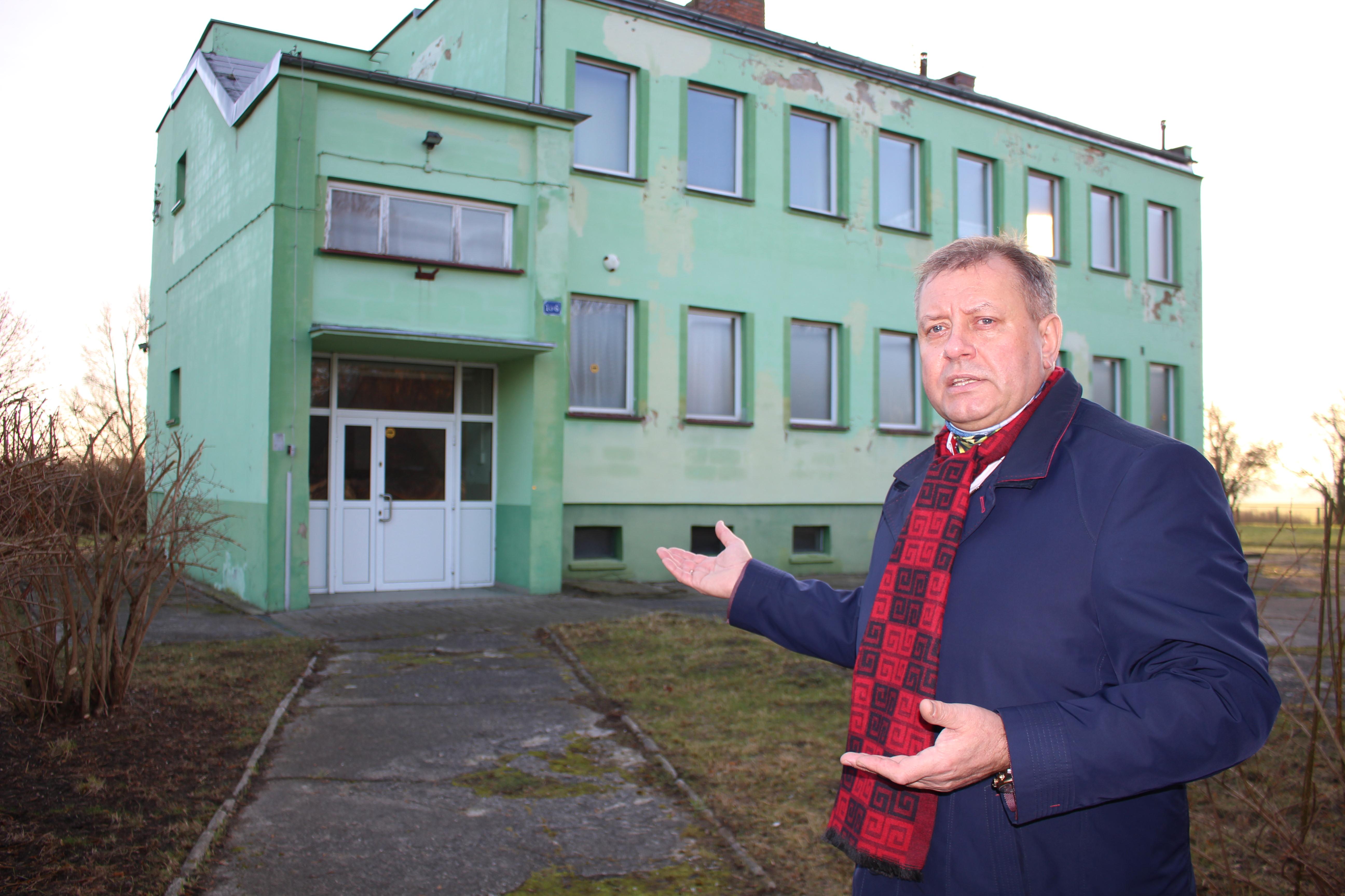Ilustracja do informacji: Gmina Żary przejęła budynek po byłej Agencji Nieruchomości Rolnych. Już wkrótce będzie służył mieszkańcom Grabika