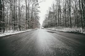 Ilustracja do informacji: Uważajcie! Jutro rano ślisko na drogach!