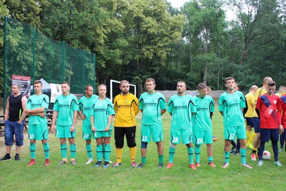 Ilustracja do informacji: Puchar Wójta Gminy Żary oraz 70 lecie LZS Delta Sieniawa Żarska